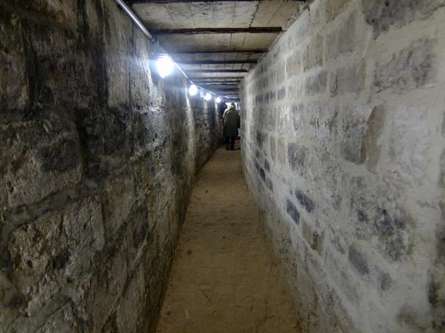 07 tunnel